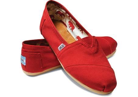 RedCanvasWomensClassics-001001B07-RED-H_1450x1015